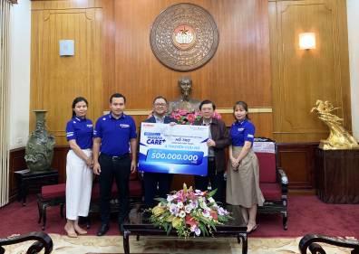 Yamaha Motor Việt Nam trao tặng 500 triệu đồng chia sẻ khó khăn cùng đồng bào miền Trung