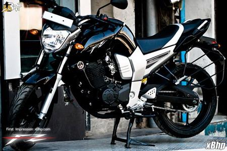 Yamaha FZ16: